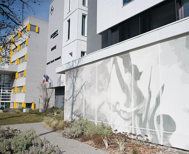 façade tole d'aluminium perforé
