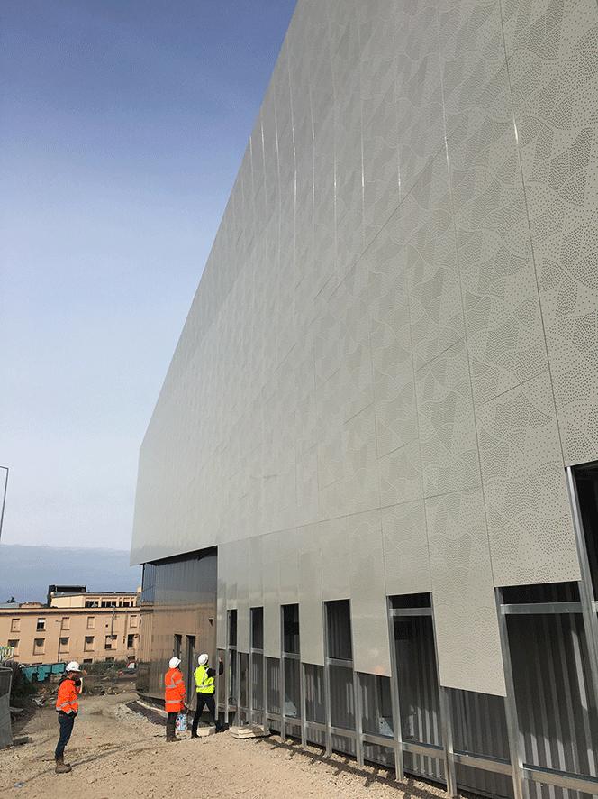 toles perforées façade du Steel